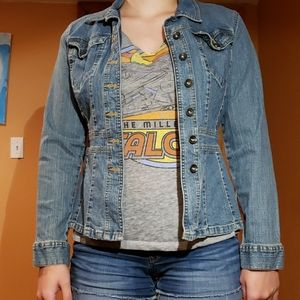 Fitted jean jacket from Axcess